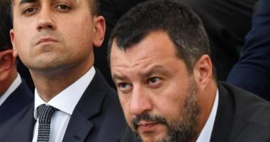 """Crisi, blog M5s: """"Salvini ci ha provato, ma si è fregato da solo"""""""