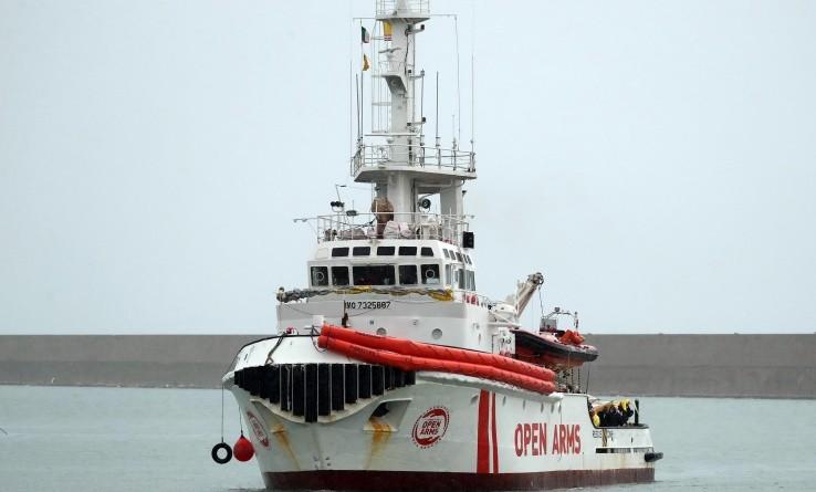 Migranti, la Open Arms potrà sbarcare nel porto di Pozzallo
