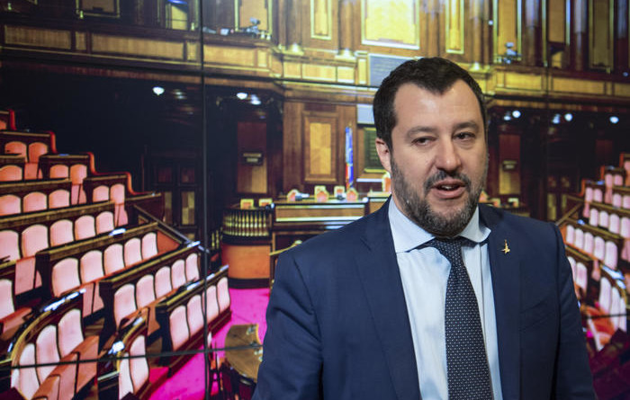 Coronavirus: Salvini, chiudere Schengen