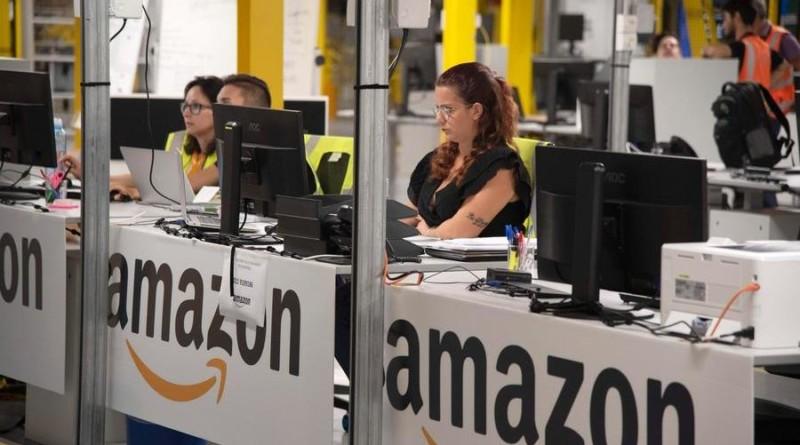 Amazon, col coronavirus consegne più lente e casalinghi esauriti