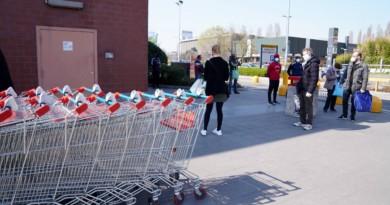 Coronavirus Veneto, nuova stretta: supermercati chiusi la domenica