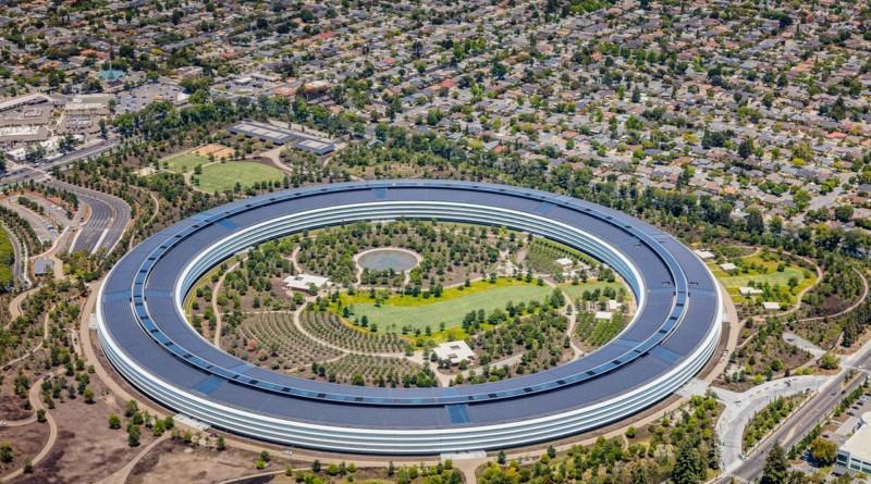 Apple Park si svuota: dipendenti invitati a lavorare da casa. Ecco le riprese dal drone