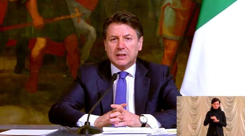 Coronavirus, Conte: 'Lo Stato c'è: subito 4,3 mld ai comuni e 400 mln per bonus spesa'