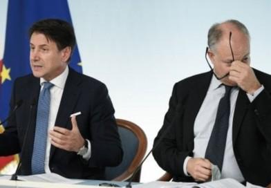 Decreto liquidità, riunione a Palazzo Chigi fra Conte, Gualtieri e Cassa depositi e prestiti