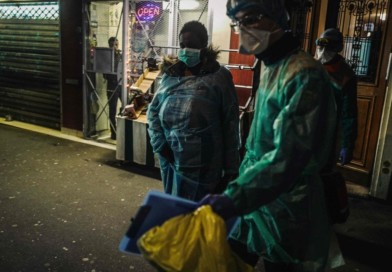 """Toscana, Rossi: """"Obbligo di mascherine per uscire in strada"""""""