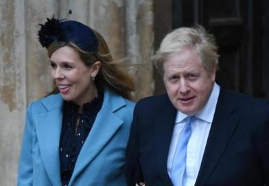Boris Johnson ricoverato con febbre alta e tosse. In isolamento la compagna (incinta