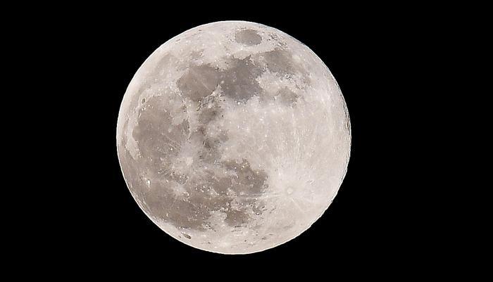 Domani superluna più spettacolare 2020