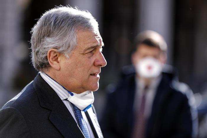 Dl imprese: Tajani, non ci soddisfa